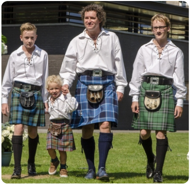 kilt huren kan je bij The World of Scotland in 's-Gravendeel